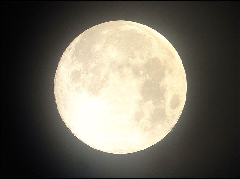 full_moon_cut cut